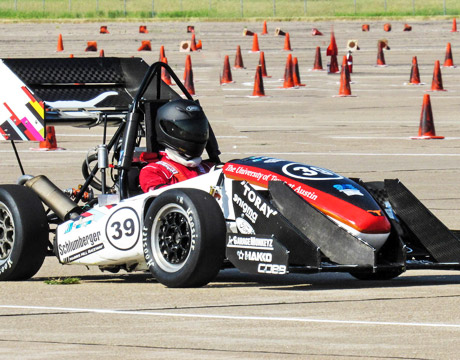 A University Of Texas At Austin Contestant The Annual Formula Hybrid Racing Compeion Image Longhorn