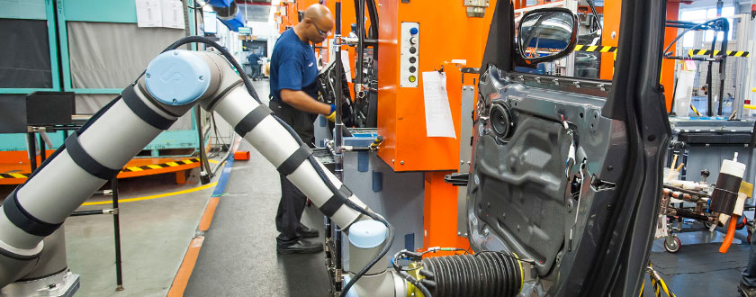 Robotic Co-Workers Do the Heavy Lifting