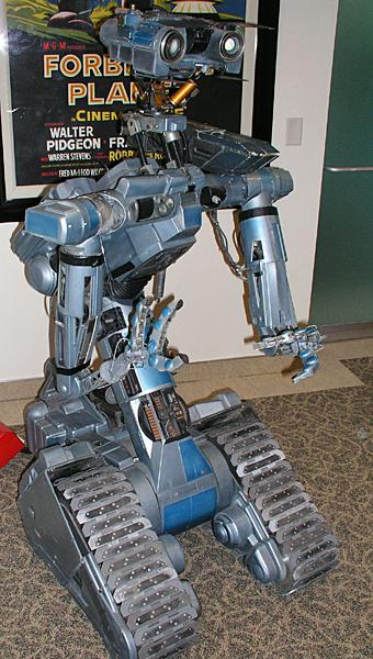 5 memorable robots in film history rh asme org