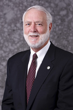 G. Wayne Clough of the Smithsonian Honored by ASME