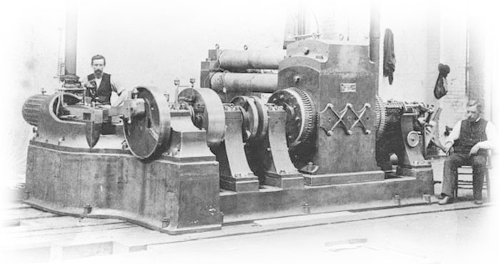 Edison 'Jumbo' Engine-driver Dynamo Photo