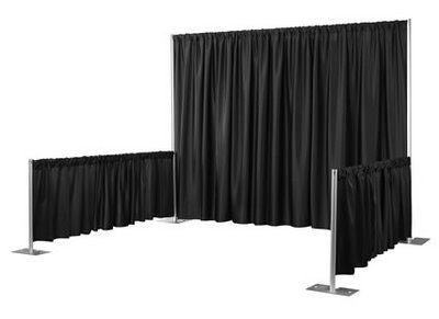 booth black back drop
